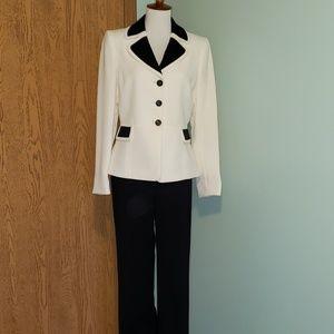 EUC Tahari black and white suit